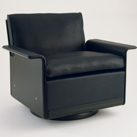Vitsoe - 620 Chair by Dieter Rams