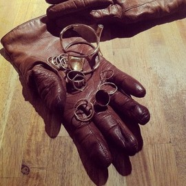 GABRIELA ARTIGAS - 13 Rings on two cold hands.  (at Centre Pompidou- Grande salle)