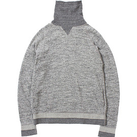 Chanpion - Turtle Neck Sweat Shirt