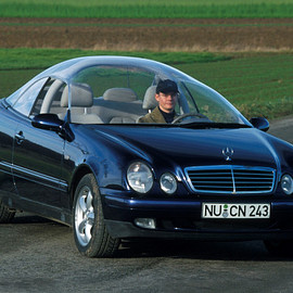 Mercedes-Benz - Mercedes-Benz CLK Glass Roof Experimental Car