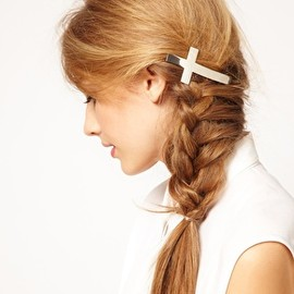 Image 2 of ASOS Pearl Bow Hair Barrette