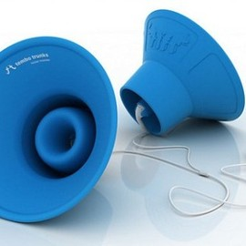 Tembo Trunks, Kickstarter - Amplifying Earbud Speakers
