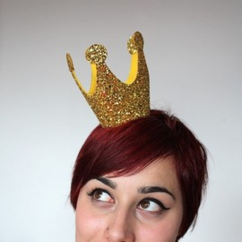 Esty - Gold Mini Crown