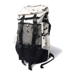 CASH CA - Cash Ca x immun. Recto Back Pack White