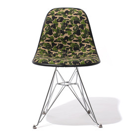 A BATHING APE, Cover-it-All - 2012 BAPE 1ST CAMO Chair
