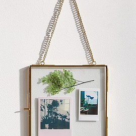 urban outfitters - Hanging Glass Display Frame - 8x8