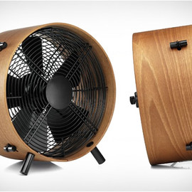 Stadler Form - O001 Otto Wooden Electric Table Fan