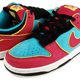 "Nike - DUNK Low Premium SB ""Ms Pacman"""