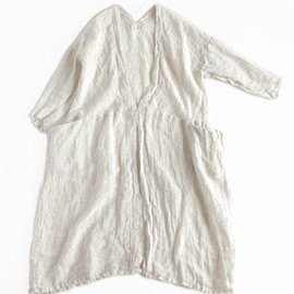 evam eva - linen drop pocket robe