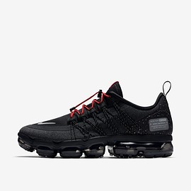 NIKE - Nike Air Vapormax Run Utility 'Black & Anthracite & Habanero Red'