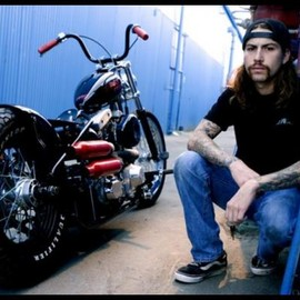 Harley-Davidson - chopper and man