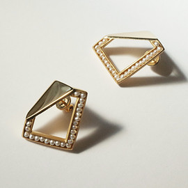 revie objects - 〈BREAK〉■pearl earrings