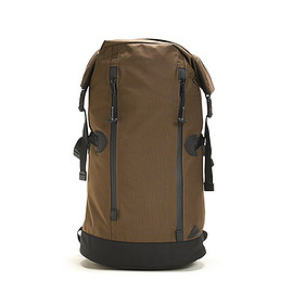 DATUM - Roll Top Pack-Brown