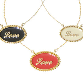 Crayme, - LOVE PLATE NECKLACE