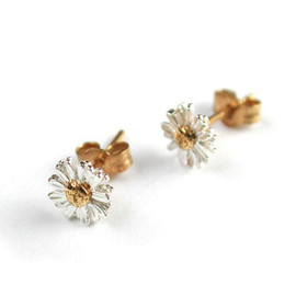 Alex Monroe - Daisy Stud Earrings