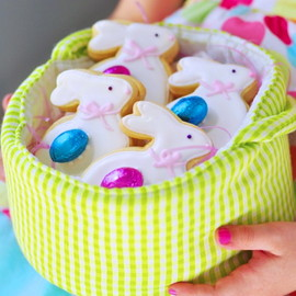 Sweetapolita - Marzipan-Filled Easter Pastries