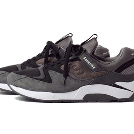 SAUCONY, White Mountaineering - 2014 Fall Winter Grid 9000 grey