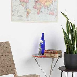 urban outfitters - world map