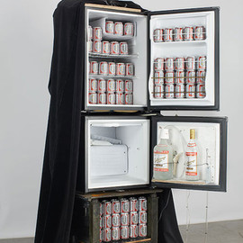 Tom Sachs - Star Wars : Darth Vader fridge