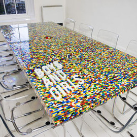 Lego - Meeting Table