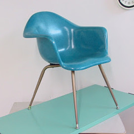 Chromecraft - Chromcraft molded fiberglass chair