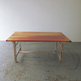 Flat Table Peeled