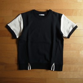 "DISCOVERED - SLIT POINT SWEAT ""BLACK x WHITE"""