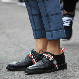 THOM BROWNE - shoes