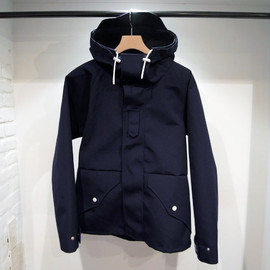 RUSSELL KNIT 3 BUTTON JACKET