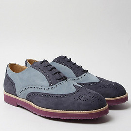 Traditional Derby Shoes with Micro Sole