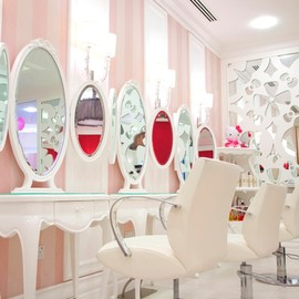 Hello Kitty - Hello Kitty Beauty Spa