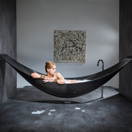 Splinter Works - black carbon bathtub