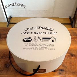 THE COMESANDGOES - Hat Box