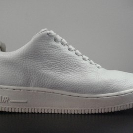 NIKE - Air Force 1 One Piece LTD