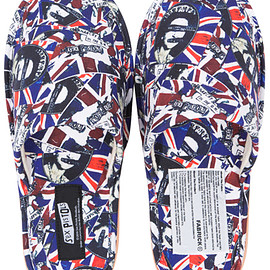 MEDICOM TOY - MLE SEX PISTOLS God Save The Queen 2 SLIPPERS
