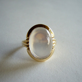 TIFFANY&Co. - Tiffany & Co. Moderne 14k Gold + Moonstone Ring