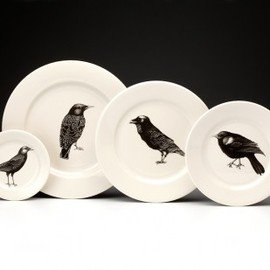 LAURA ZINDEL DESIGN - Dinnerware Set: Black Birds