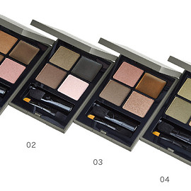 THREE - 4D-PLUS EYE PALETTE