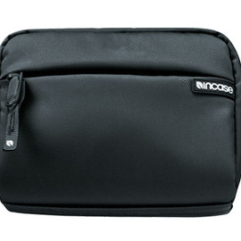 incase - Dop Kit for iPod and iPhone (Black)