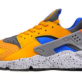 "NIKE - AIR HUARACHE RUN SE ""a.c.g. PACK"""