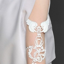 Karl Lagerfeld - Spring 2009 Accessory Details