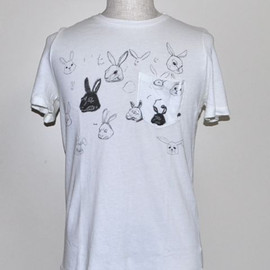 WHAT'S NEW PUSSY CAT TEE