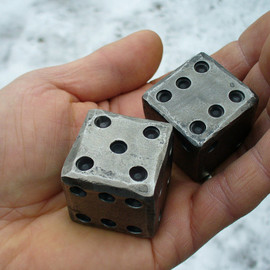 NazForge - BLACKSMITH FORGED DICE