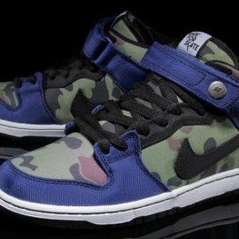 NIKE SB - MADE FOR SKATE × NIKE SB DUNK MID PRO PREMIUM OLD ROYAL/BLACK-WHITE