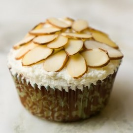 Almond Ameretto Cupcakes