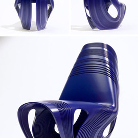 Zaha Hadid - bent plastic chair hadid