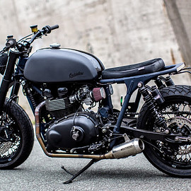 Outsiders Motorcycles - Triumph t100