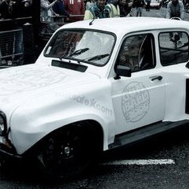 Renault - 4 V6 (custom car)