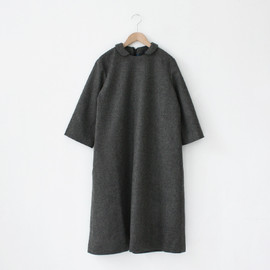 Lin francais d'antan - Wool Round Collar One-piece〈Baudry〉/ Grey