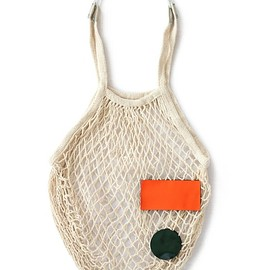 TOGA ODDS&ENDS - Patch Mesh Bag (beige)